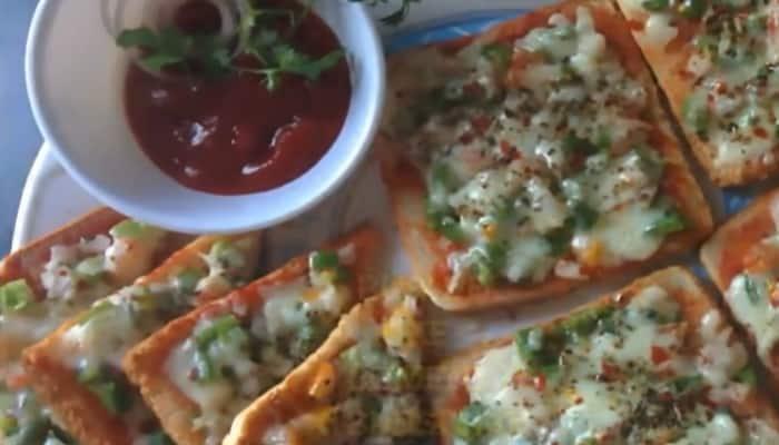 ब्रेड पिज़्ज़ा कैसे बनाते हैं? How To Make Bread Pizza In Hindi
